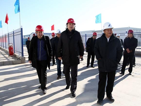 马健峰总经理与王建军指挥长共同到北京新机场南航基地项目检查安全生产工作